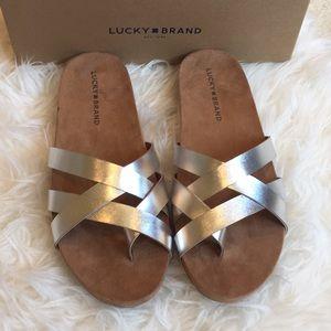 Lucky Brand Fernoah silver slides